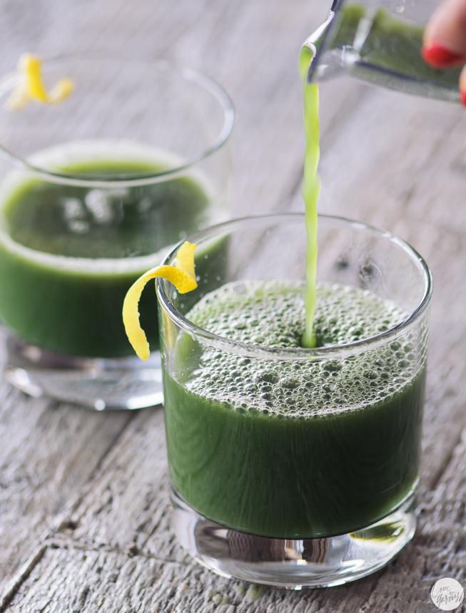 green juice broccoli spinach pineapple