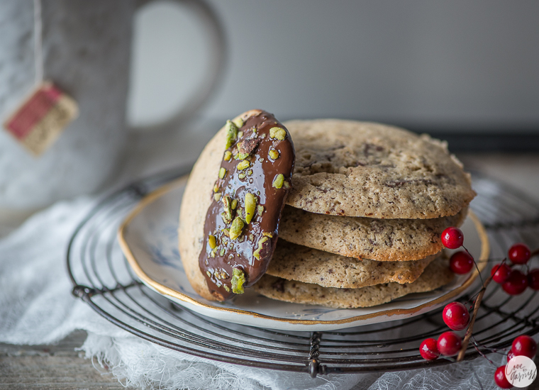 dark chocolate dipped peppermint cookies with pistachios